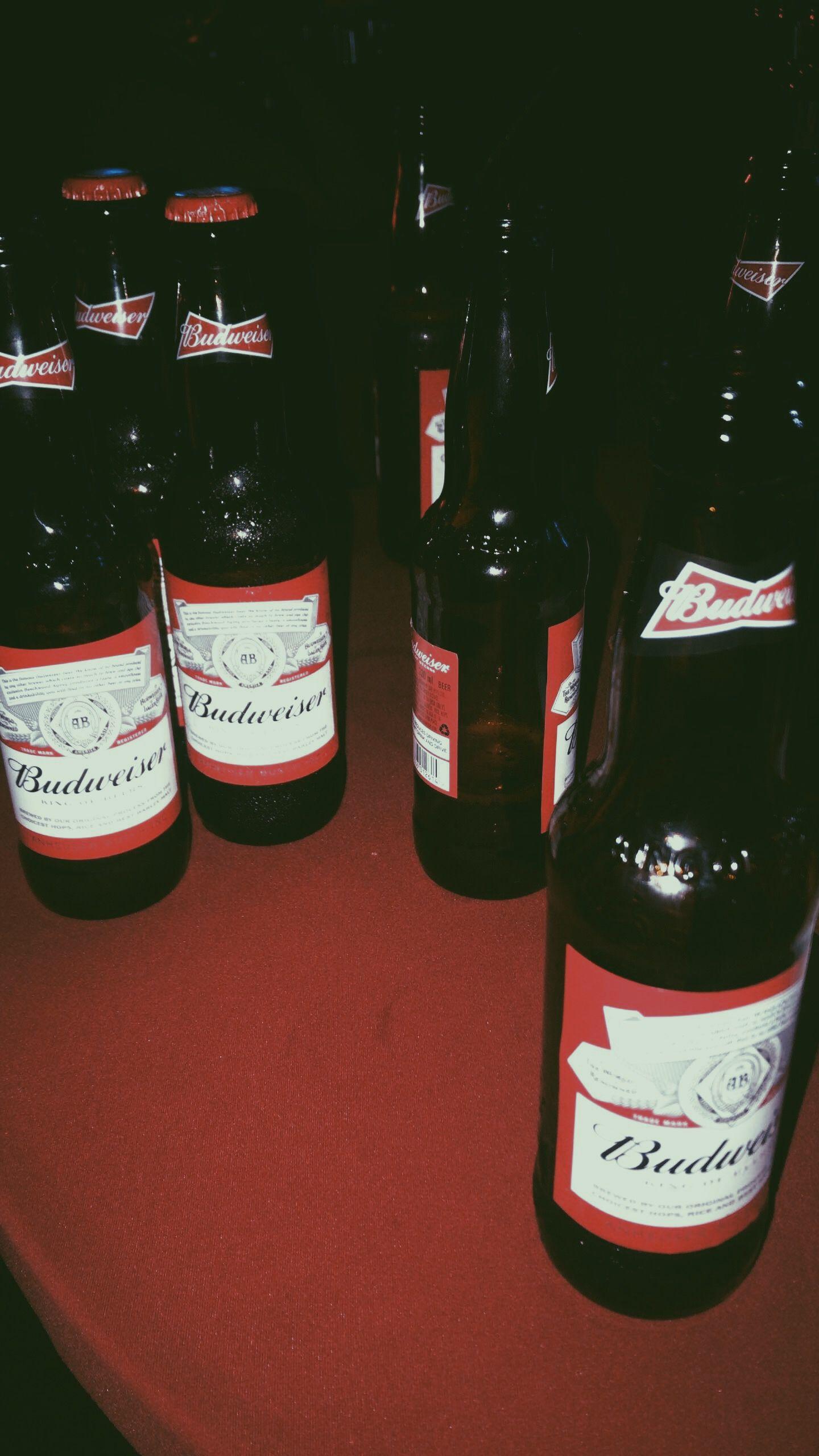 Budweiser Foto De Cerveja Gelada Foto De Cerveja Fotos De Lanches