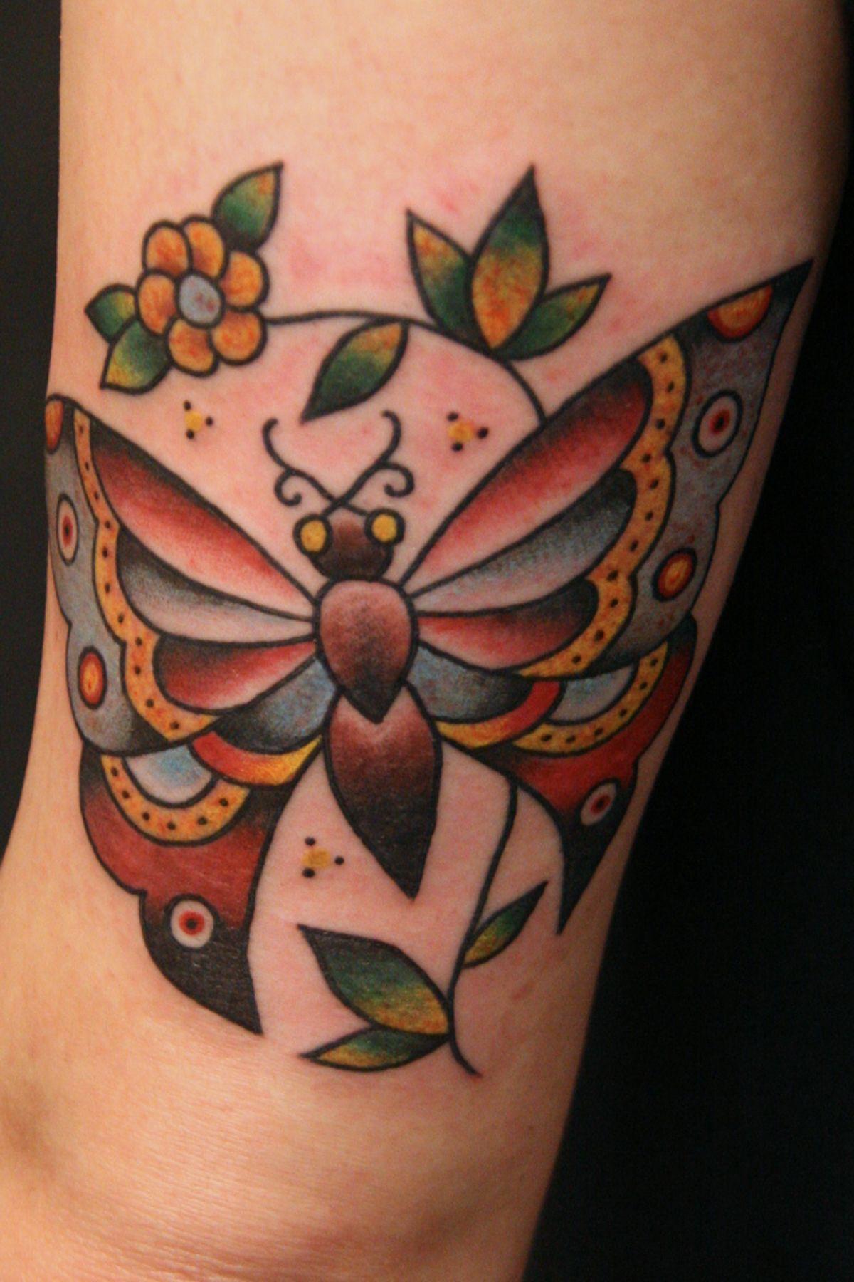 Annie alonzi triple crown tattoo austin tattoo artists
