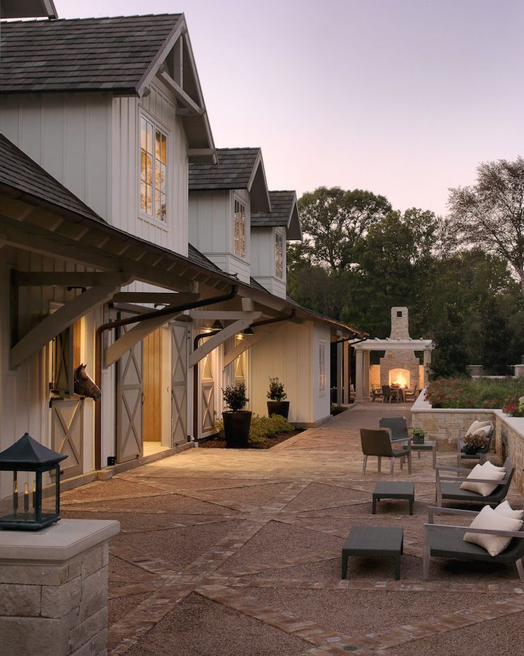 Chic barn with elegant patio!