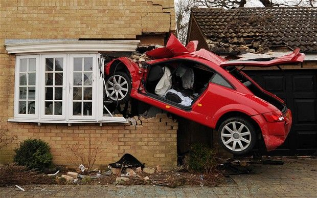 Audi Tt Takes Off And Crashes Into House Audi Audi Tt
