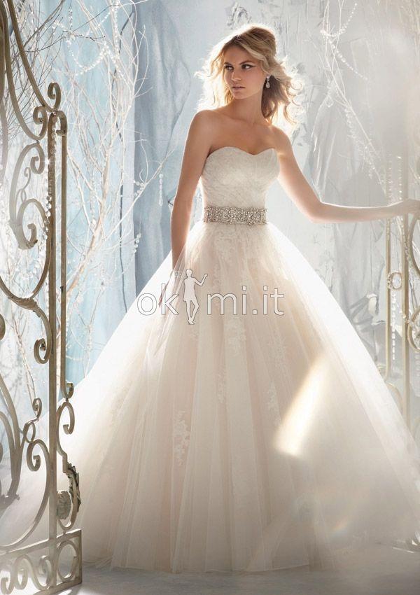 Vestiti Da Sposa Avorio.Grande Immagine 2 Abiti Da Sposa Con Applique Senza Maniche Cuore
