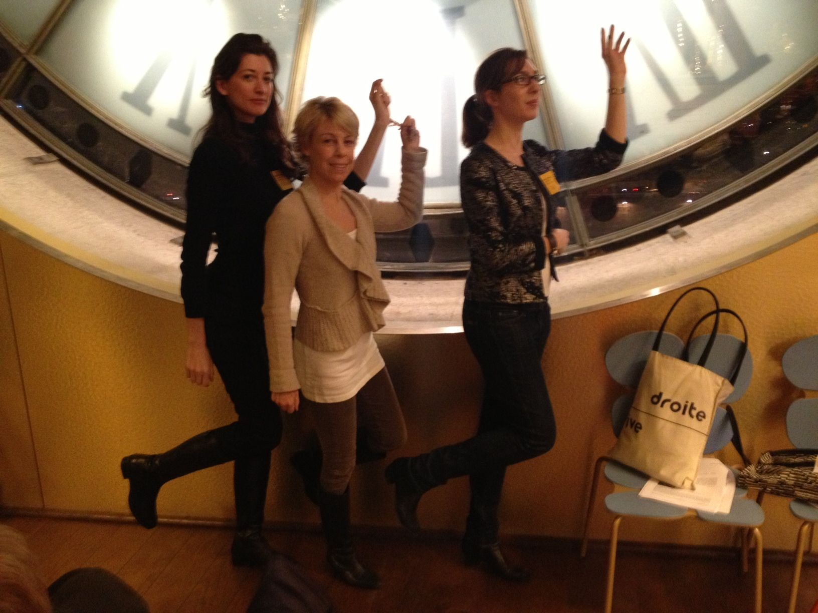 Kasia Dietz, Suzanne Flenard of Square Modern and Anne Mullier posing as Degas in THATd'Or (Treasure Hunt at the Musee d'Orsay)!