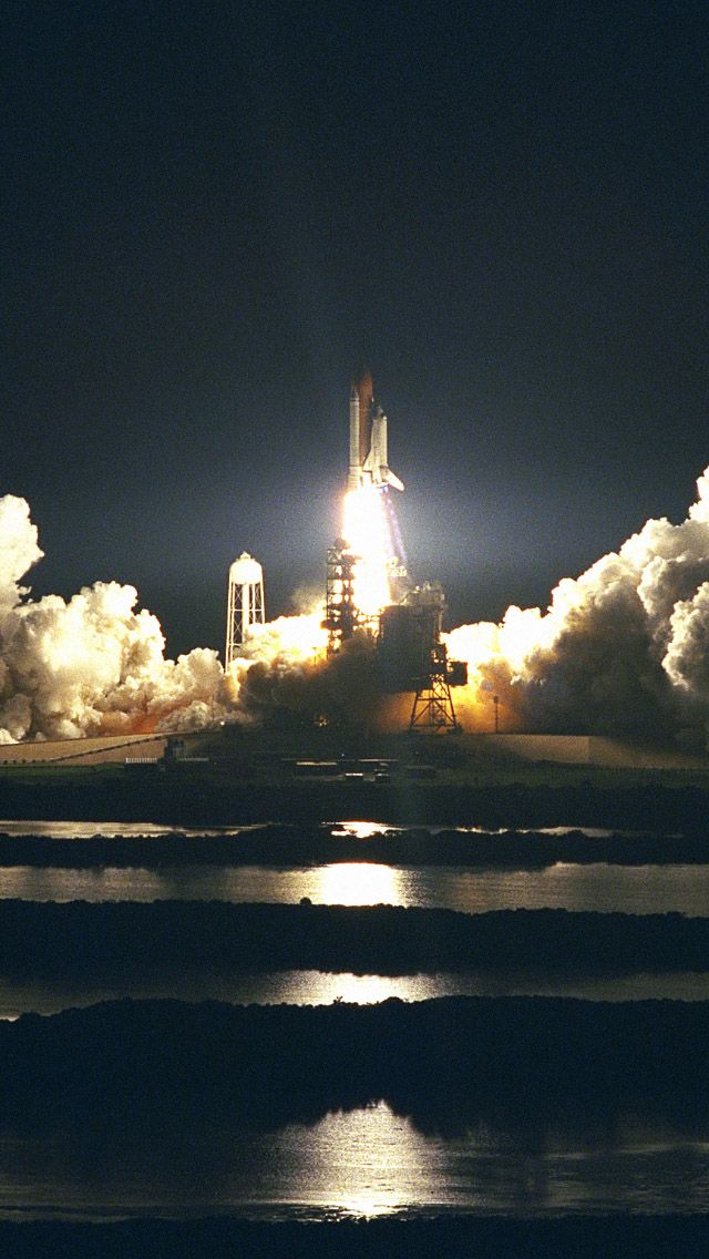 NASA Space Shuttle Launch Take Off IPhone 5 Wallpaper