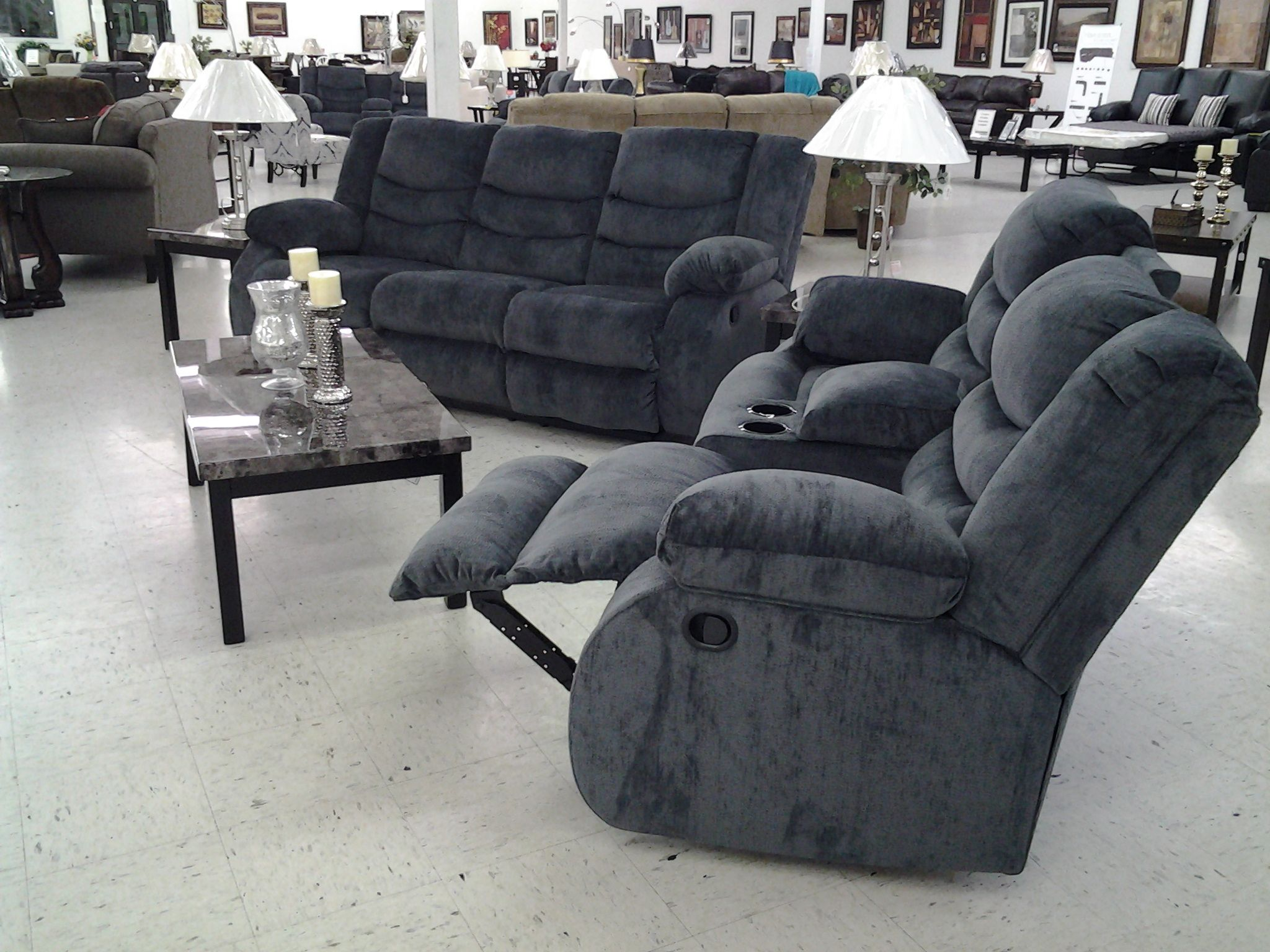 Groovy Blue Double Reclining Loveseat With Console Reclining Sofa Uwap Interior Chair Design Uwaporg