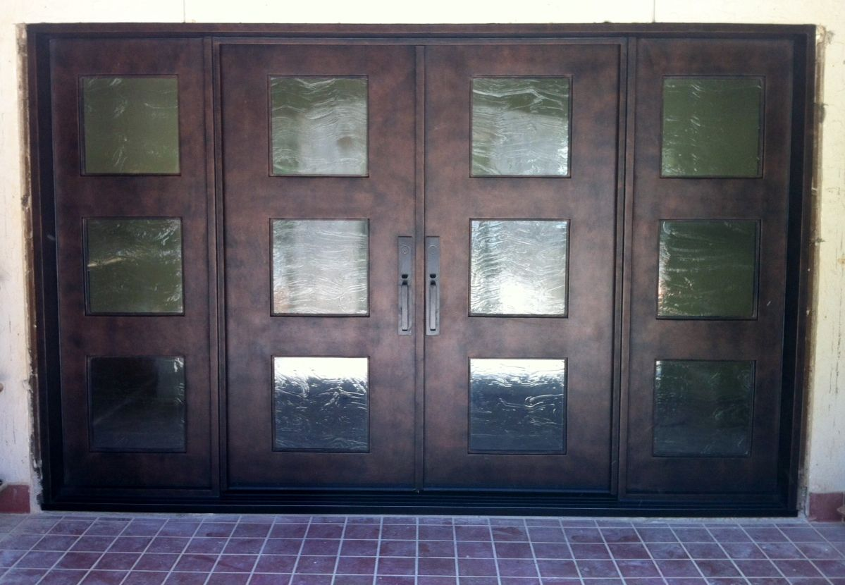 Simple double door design for an entrance