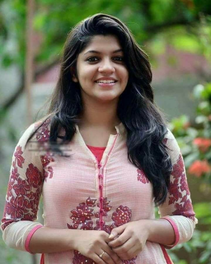 Aparna malayalam actress.. Kerala.   KERALA - God's own ...
