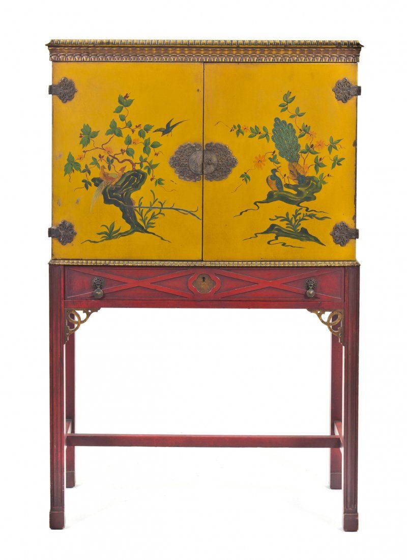 2081 a chippendale style chinoiserie decorated cabinet on meuble chinois chinoise et meubles. Black Bedroom Furniture Sets. Home Design Ideas