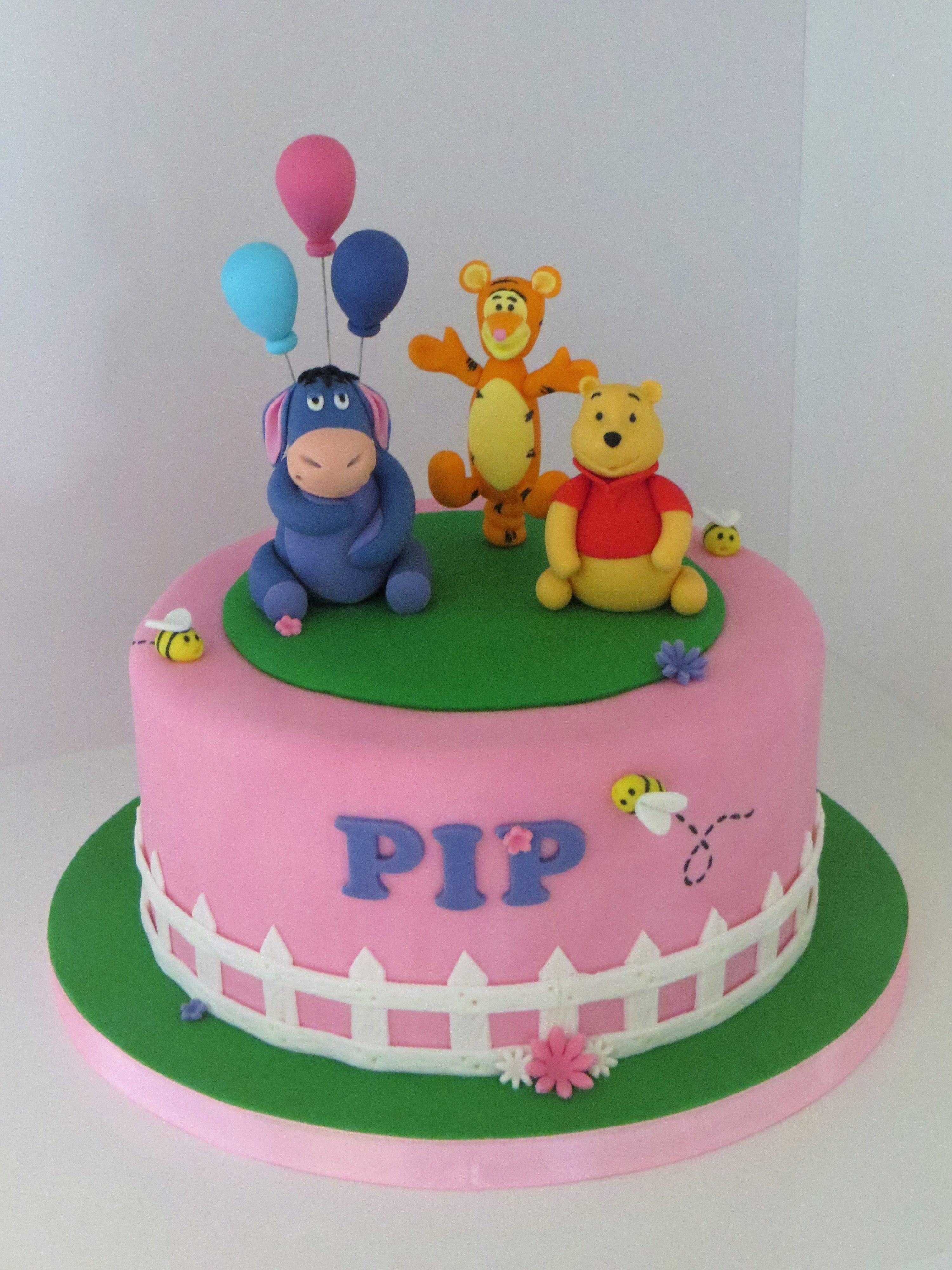 Baby shower winnie the pooh themed cake baby shower