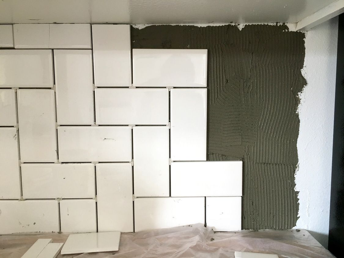 install herringbone subway tile backsplash