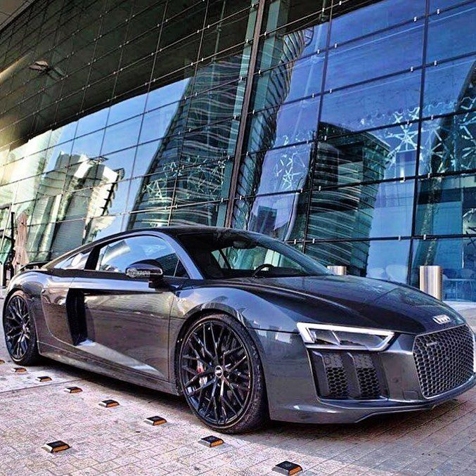 Audi R8 Blacked Out Machine Tag Your Friend Who Would Love This Car Follow Luxuryworldcars For More Luxur In 2020 Audi R8 Audi R8 V10 Plus R8 V10 Plus