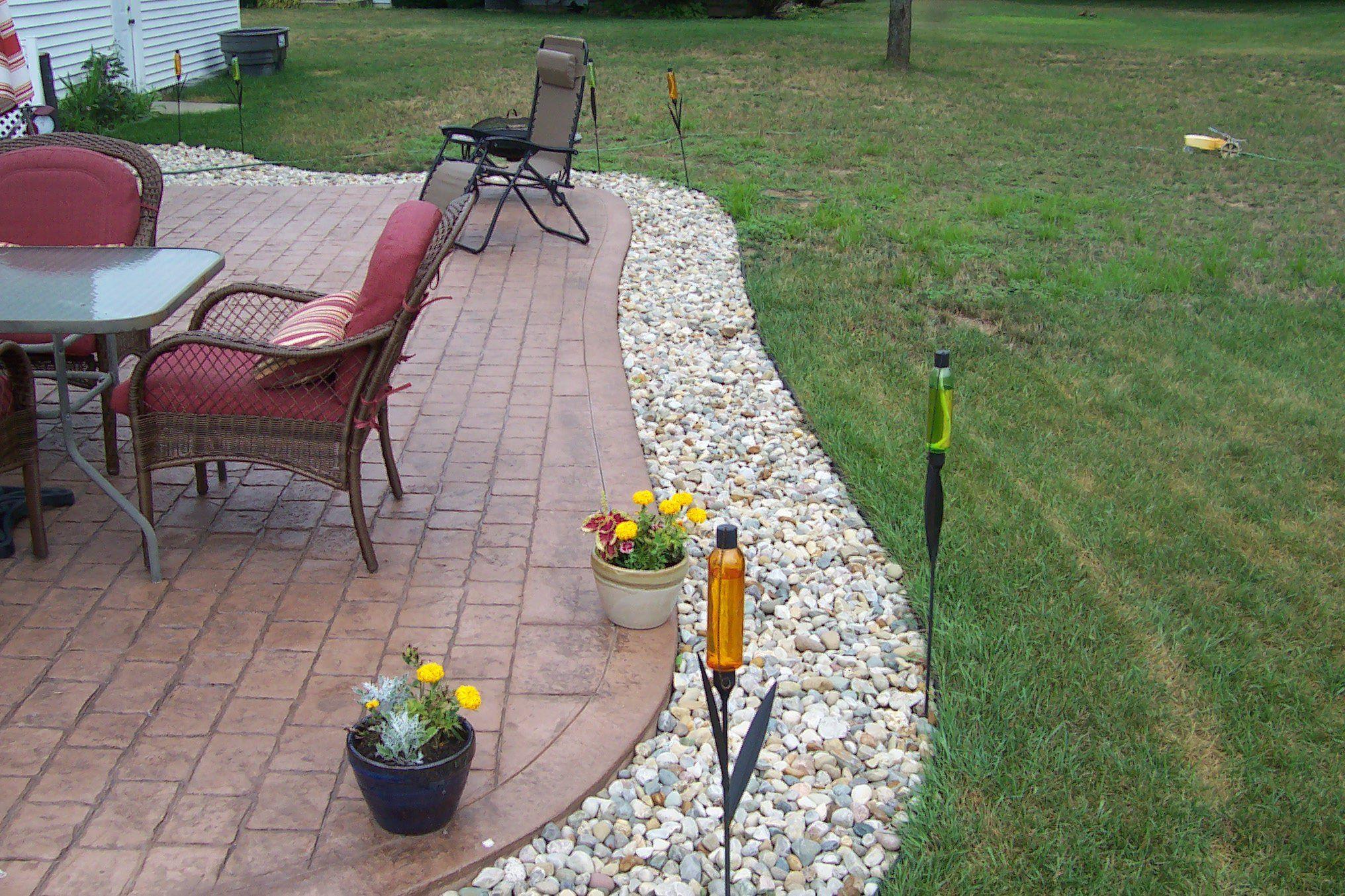 cobblestone patio with 6