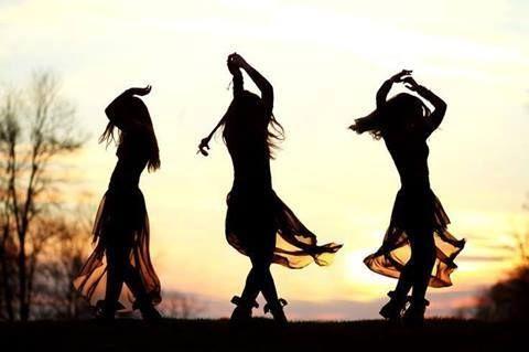 dance sisters...dance