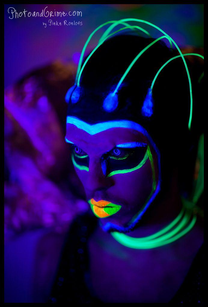 Black Light Makeup - Alien | Black light makeup, Uv makeup ...