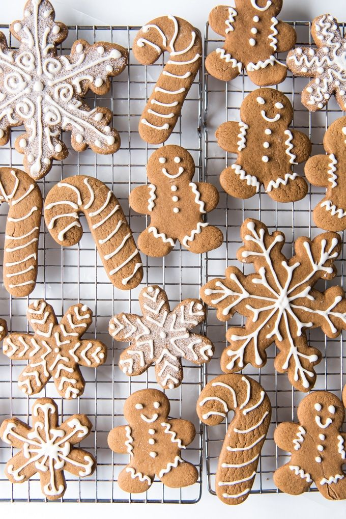 Soft & Chewy Gingerbread Men Cookies #gingerbreadcookies