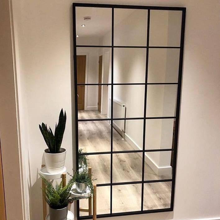 Photo of Trend: hoge metalen spiegels in het interieur