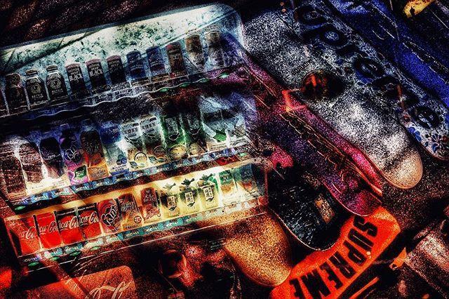 こういうの自分らしさみたいなのからすると遠い所にある気がする なぜ作ったのかw たまにはそういう気分転換もww . . . #photographyislife  #多重露光 #Multipleexposure #二重露光 #Doubleexposure  #スクリーンに恋して #hibi_jp #その瞬間に物語を #デジタルでフィルムを再現したい #フィルムに恋してる #何気ない瞬間を残したい #写真で伝える私の世界 #キリトリセカイ #オールドレンズの世界 #オールドレンズに恋をした  #撮るを楽しむ #jp_mood #jp_phos #whim_life #広がり同盟 #rox_captures #screen_archive #ifyouleave #coregraphy #indy_photolife  #reco_ig #indeis_gram #HUEART_life #関西写真部  #関西写真部share