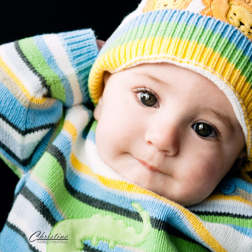 Jack at 6 months.  #6-month #pictures www.gribblephotography.com