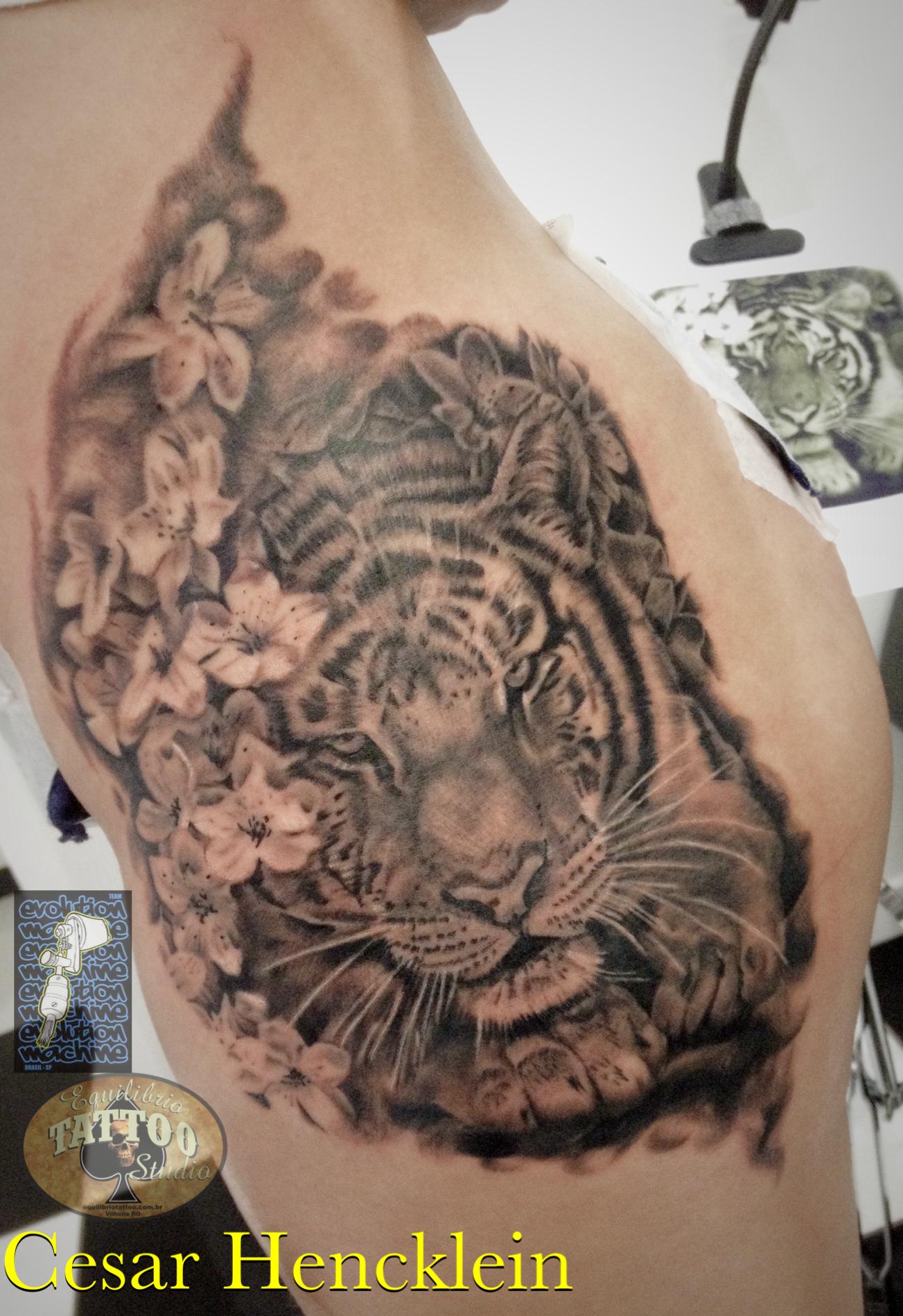 cd173c01d Tiger Sakura Tattoo by Cesar Hencklein | Tattoos | Tattoos