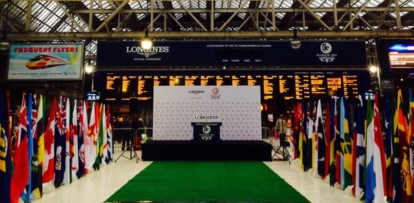 Just about time to start our Official #Glasgow2014 @Luc Sury Countdown Clock in Central Station! #SYT2014 pic.twitter.com/G4Z5HkhERy