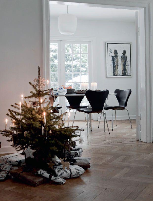 Minimalist Scandinavian Christmas Nordicdesign Nordic Christmas Modern Christmas Modern Christmas Tree