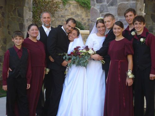 How to dress for a mennonite wedding