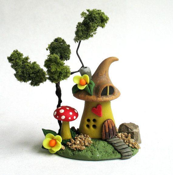 maison de f e fantaisiste miniature avec arbre par artisticspirit maison de f e en fimo. Black Bedroom Furniture Sets. Home Design Ideas