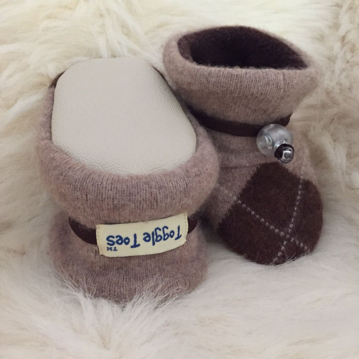 Walkers soft sole shoes baby booties non slip in Toddler size 12