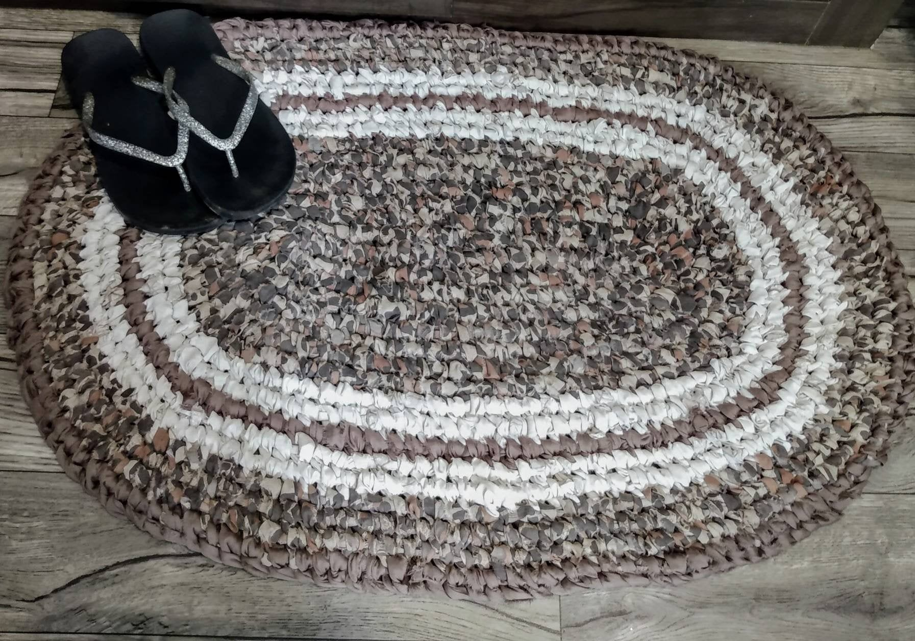 Free Shipping Handmade Oval Camo Rag Rug Brown Shades And Tan Toothbrush Knotted Machine Wash Dry Man Cave Cabin M Rag Rug Casual Home Decor Camo Decor