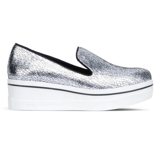 Stella McCartney Platinum Binx Loafers (£320) ❤ liked on Polyvore featuring shoes, loafers, black loafers, platform loafers, platform slip on shoes, rubber sole shoes and chunky loafers
