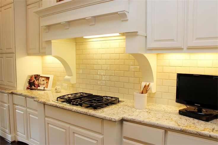 Just Picture Pale Yellow Subway Tile Backsplash