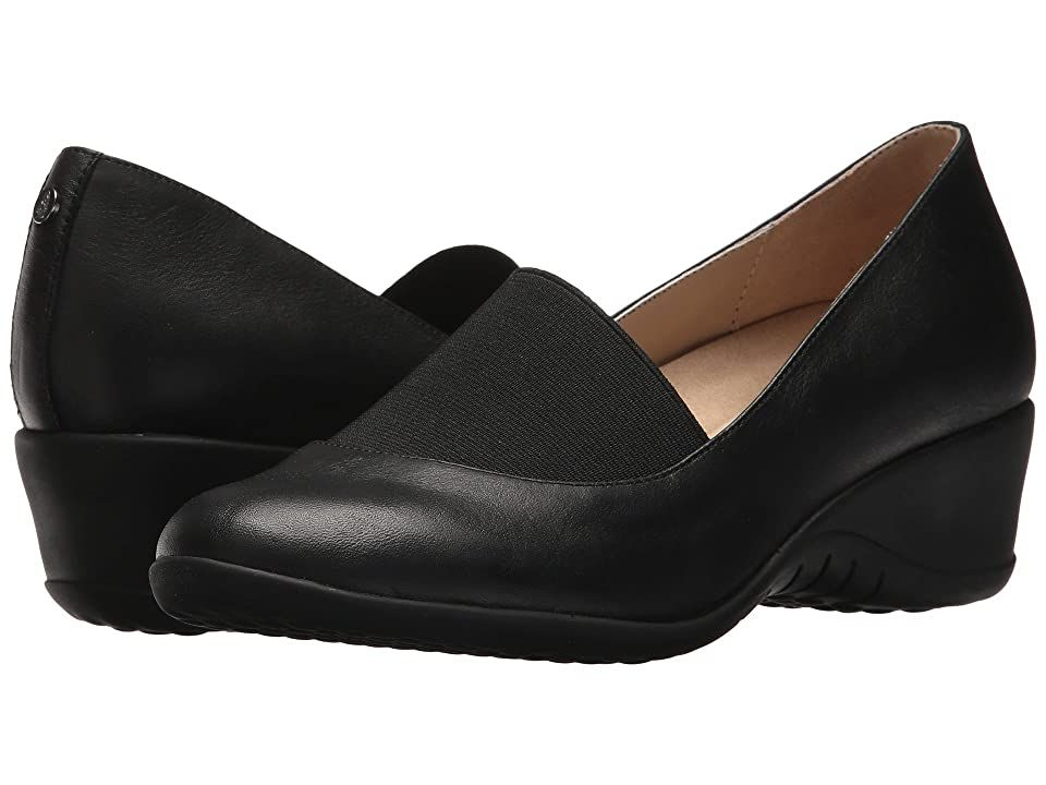 Hush Puppies Odell Elastic Pump Black Leather Women S Wedge Shoes Make A Day At The Offi In 2020 Womens Shoes Wedges Shoes Black Leather Black Wedge Shoes