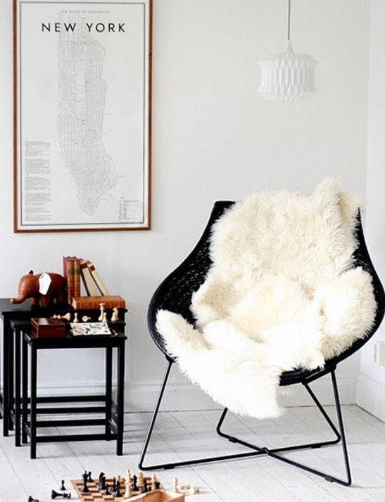 Merveilleux 3u0027 X 4u0027 Shaggy Faux Fur Ivory Animal Pelt Chair Throw