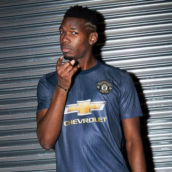 Paul Pogba - Manchester United 2018 19 Third Kit 71bc32cf0