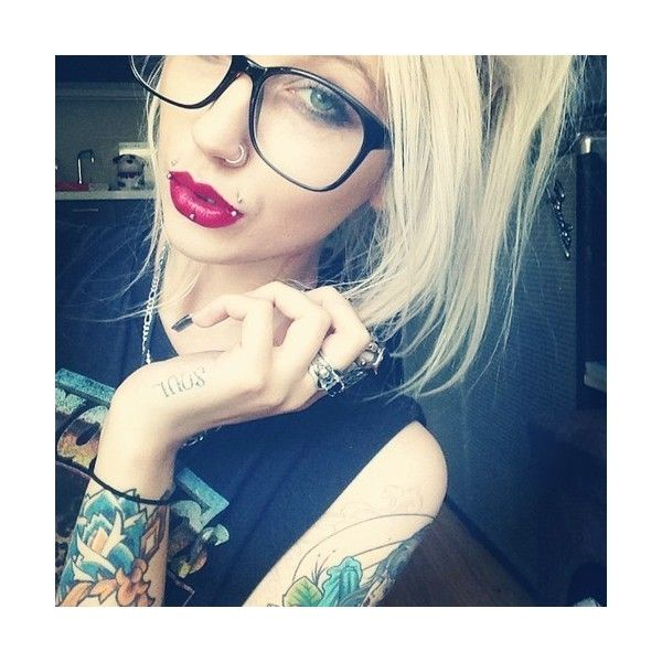 Matchless Selfie girl with lip piercing
