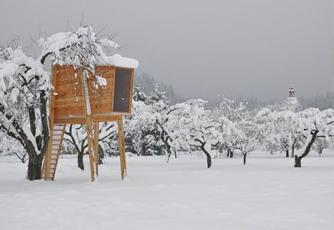 tree house winter forest