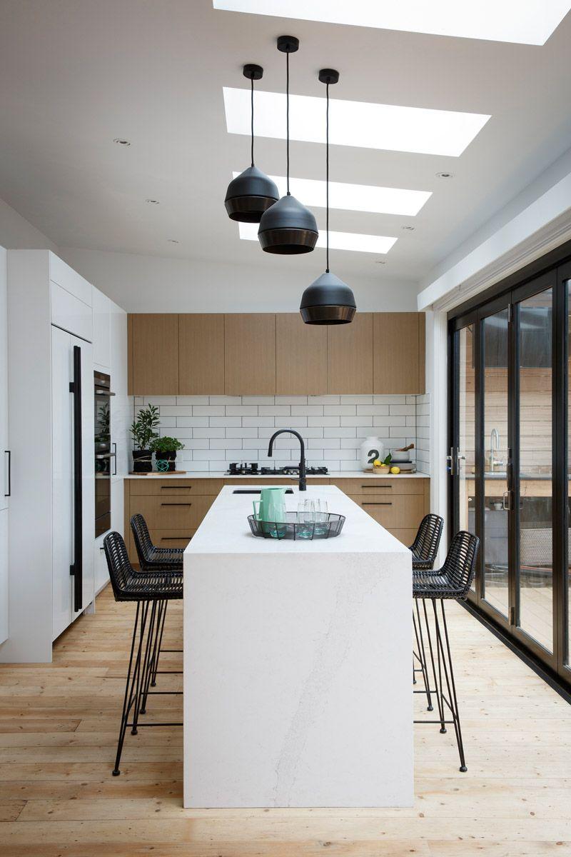 Kitchen design 2016 australia - Reno Rumble Grand Final Kitchens Carly Leighton Caesarstone Calacatta Nuvo Kitchen Ayden