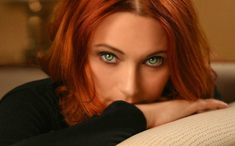 Redhead Green Eyes Yum Beautiful Eyes Beautiful Redhead