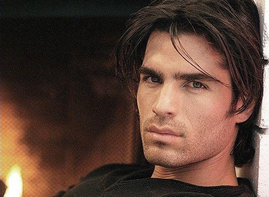 Picture Of Eduardo Verastegui Eduardo Verastegui Gorgeous Men Beautiful Men