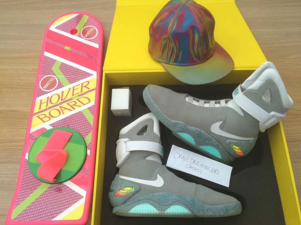 Nike Mag 2011 Limited Edition Back To The Future Ii Mcfly Mattel