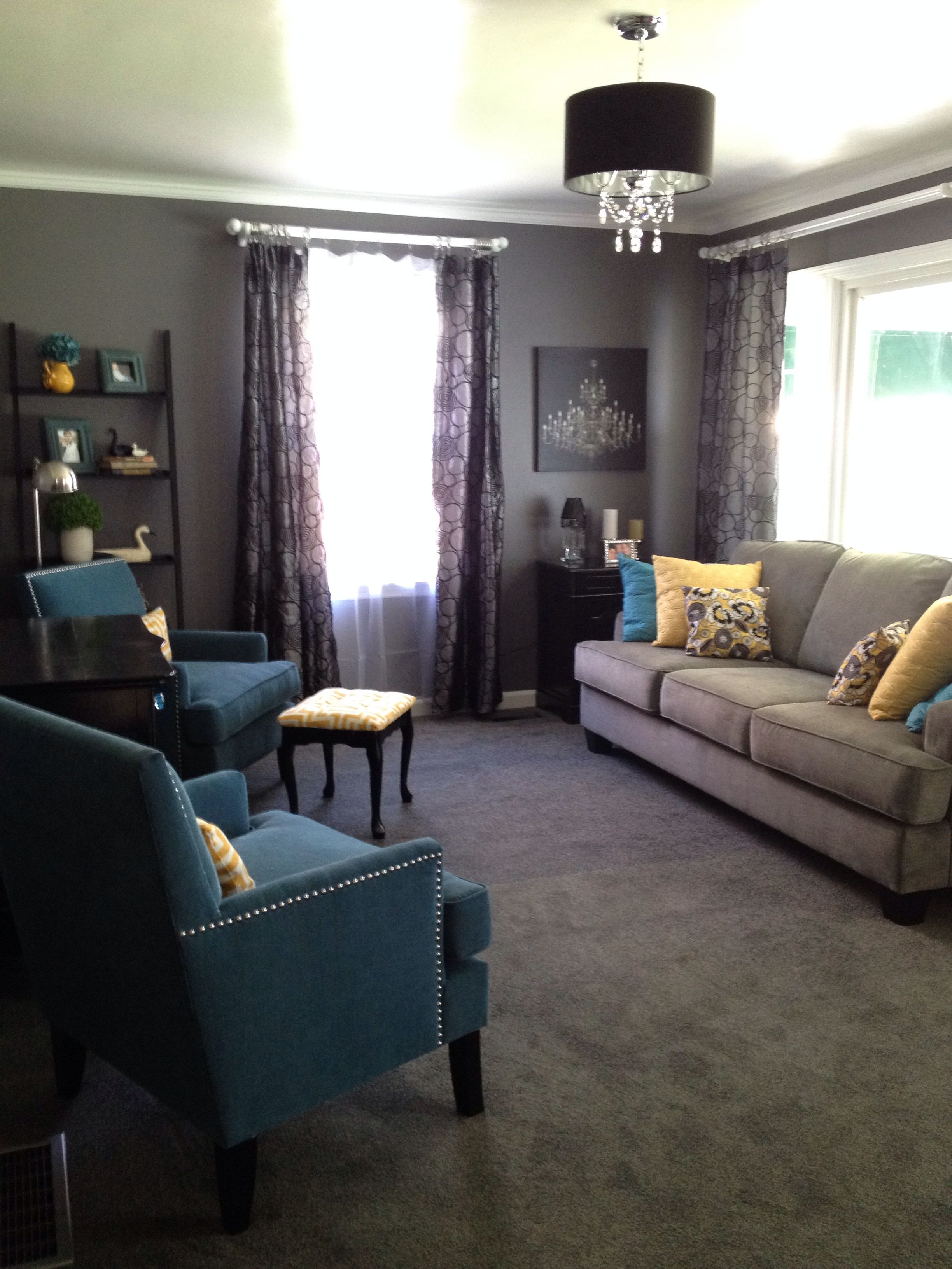Gray teal and yellow living room designs i love for Gray and teal living room