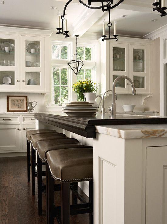 Best Benjamin Moore® Ben® Paint Simply White Oc 117 Kitchen 400 x 300