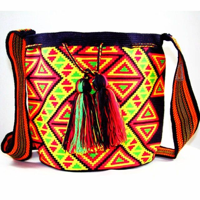 @nativostyle #theoriginalwayuumochilas #themusthavebag #oneofakind #handmade by the #Colombian #women of the #wayuu #tribe #trendy #mochila #bag #bohochic #fashion #instagood #instafashion #picoftheday #mochilaoftheday #perfection for #spring #summer the #musthave #bag in your #wardrobe ❤️