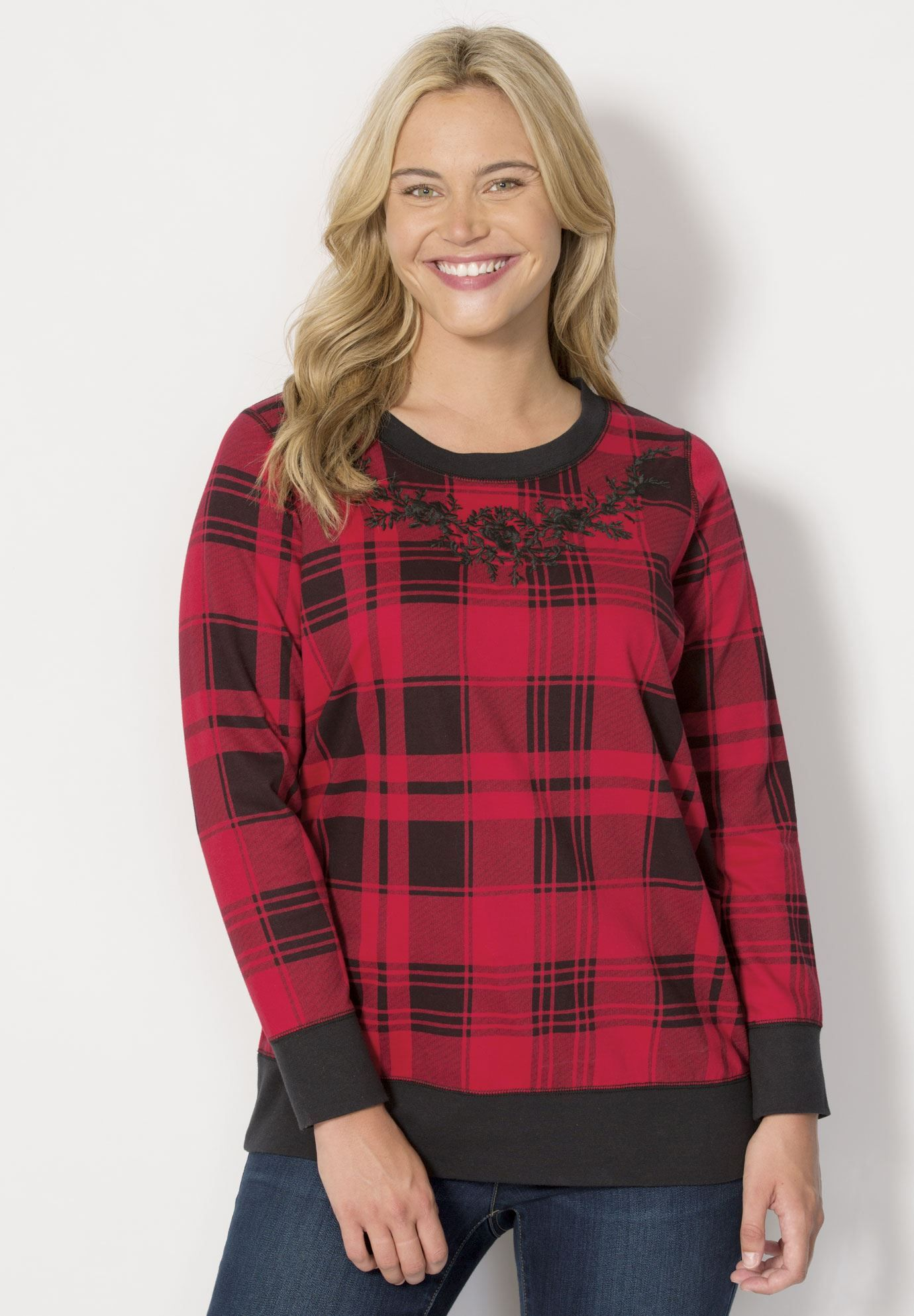 Your favorite relaxed plus size sweatshirt in our ontrend buffalo