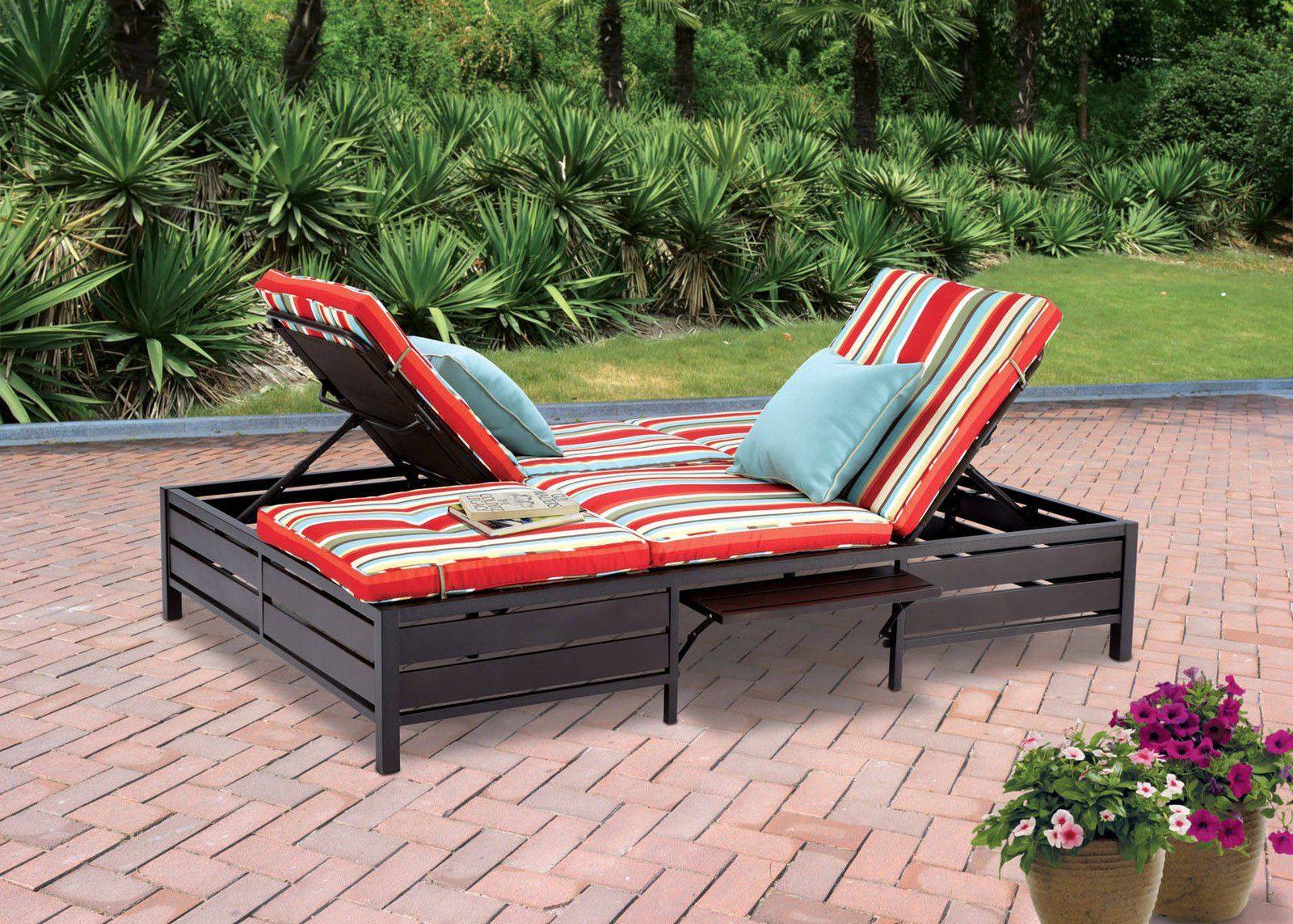 Great Double Chaise Lounger   This Red Stripe Outdoor Chaise Lounge Is  Comfortable Sun Patio Furniture Guaranteed