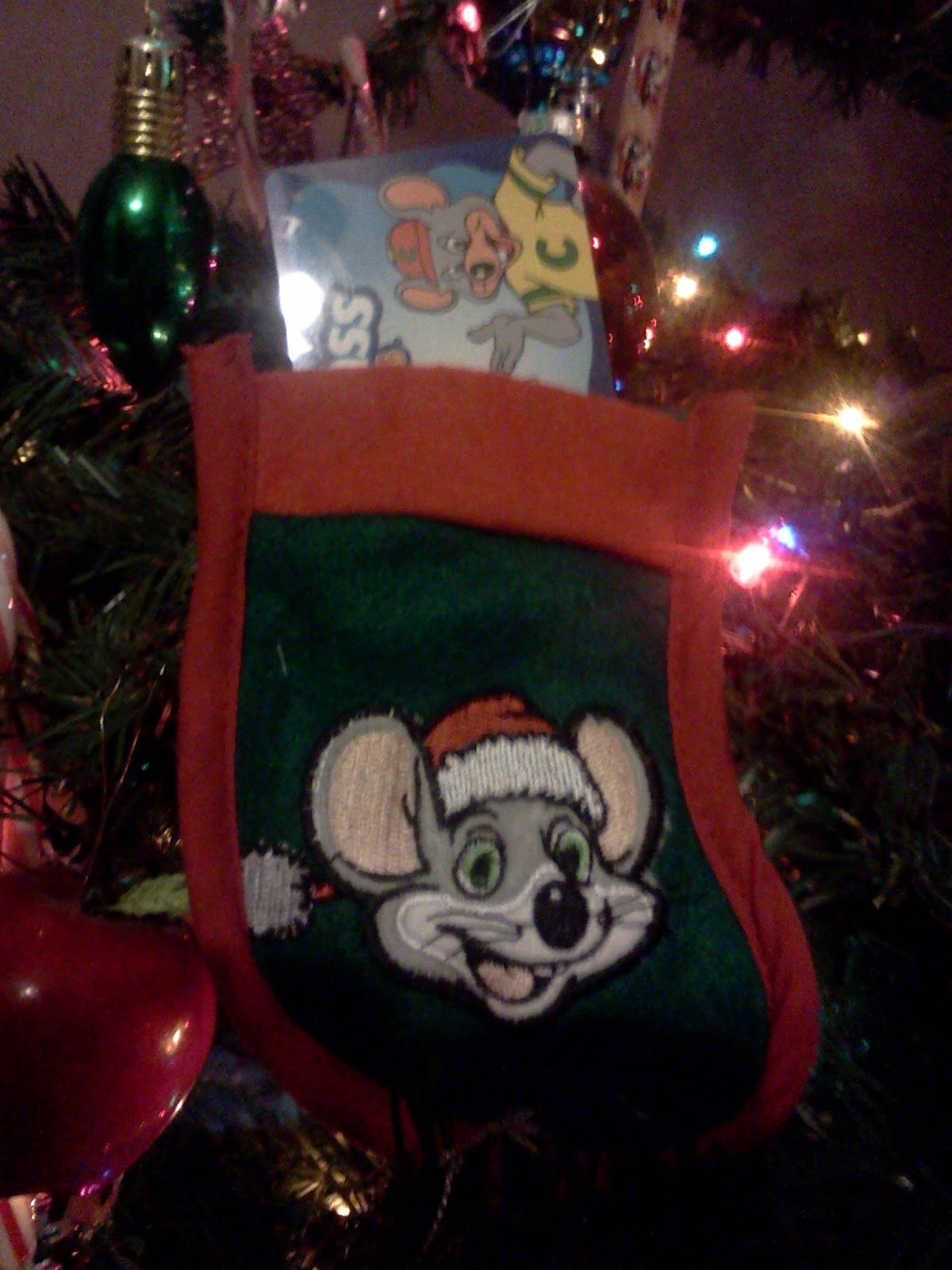 Chuck E Cheese Christmas.Giveaway Chuck E Cheese Gift Cards To 3 Winners Holiday