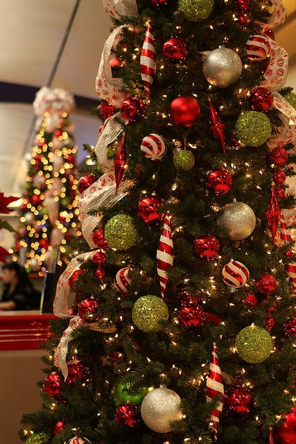 Image detail for -Red, Silver, and Lime Green decorated Christmas tree