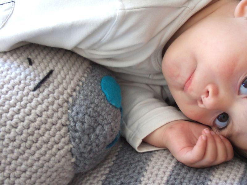 la vie d 39 un amineko g ant doudou au crochet pinterest crochet. Black Bedroom Furniture Sets. Home Design Ideas