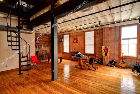 Lofts Arts Distr Warehouse Hardwoods I