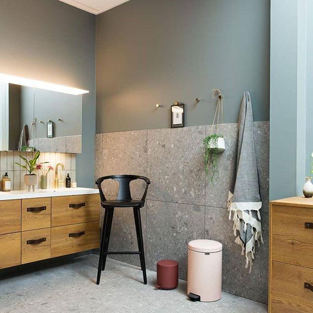 """Photo of Rørleggereksperten på Instagram: """"Farger på badet ?? Vakre møbler fra @ fossbad.no og servantkran fra @tapwell ⭐? Skal du pusse opp? Vi hjelper deg helt til drømmebadet… """""""