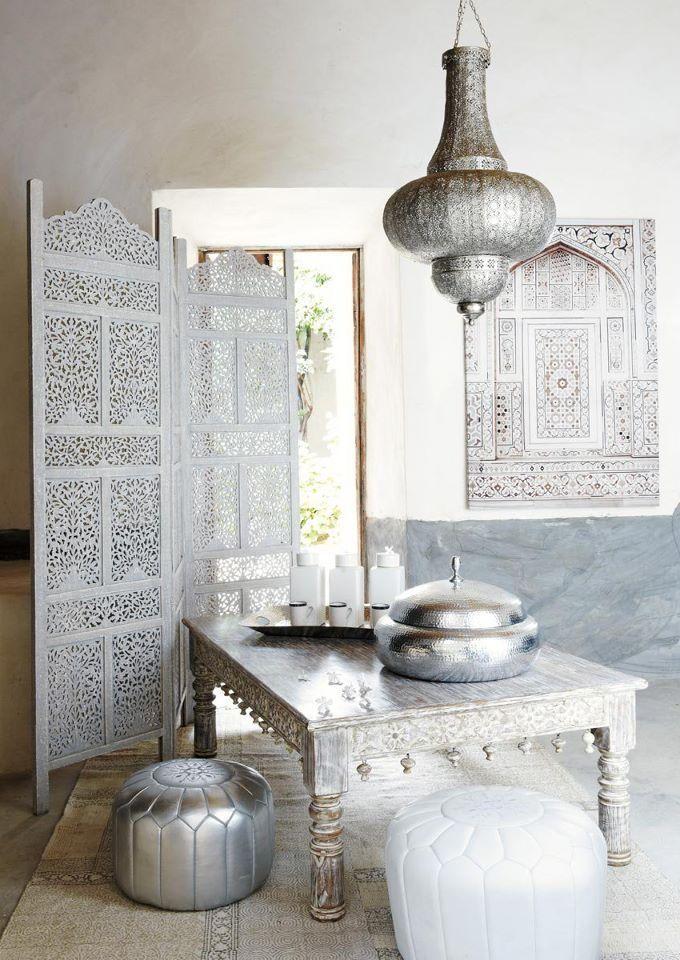 suspension non lectrifi e en m tal cisel d 48 cm d co marocaine maroc et d coration orientale. Black Bedroom Furniture Sets. Home Design Ideas